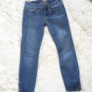 Cabi Jeans style 220 La Jolla Skinny cropped